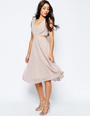 50158445a218 ASOS – Midi-Kleid mit seitlichen Cutouts