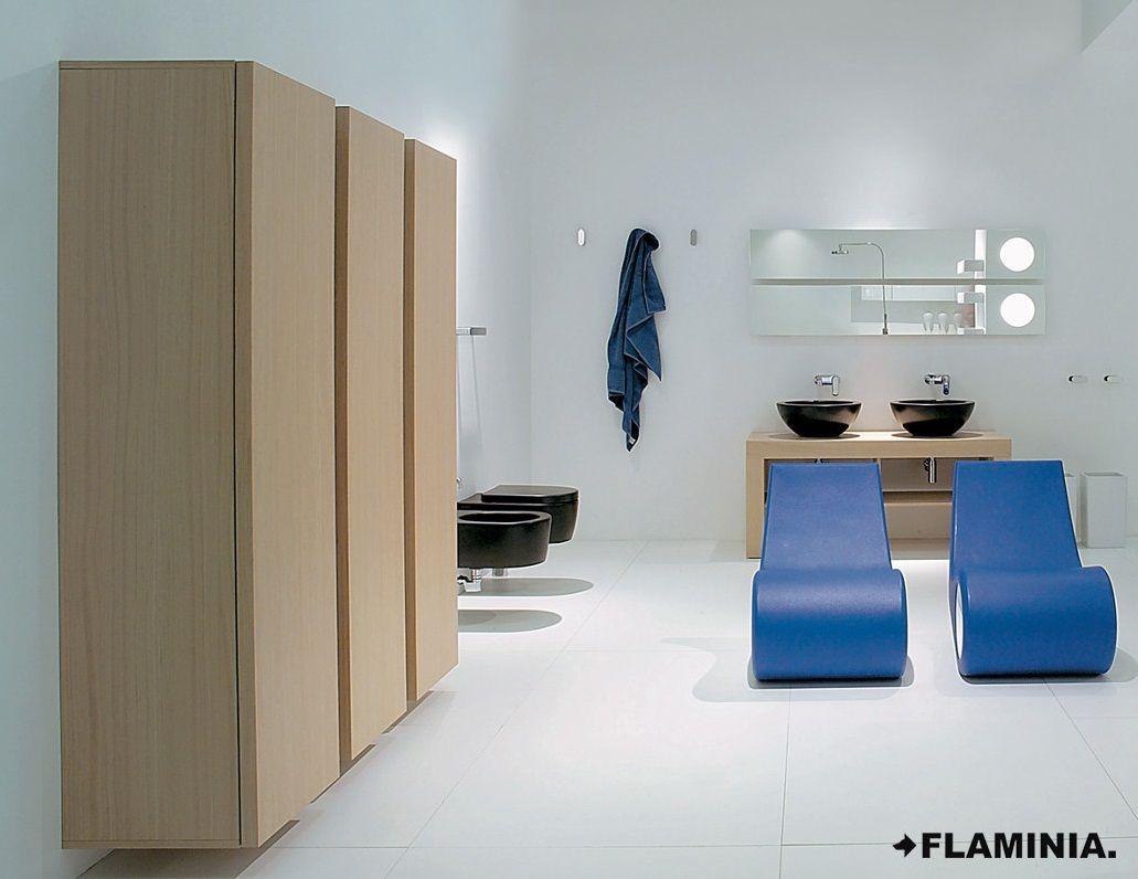 Simple sistema di mensole e contenitori system of shelves