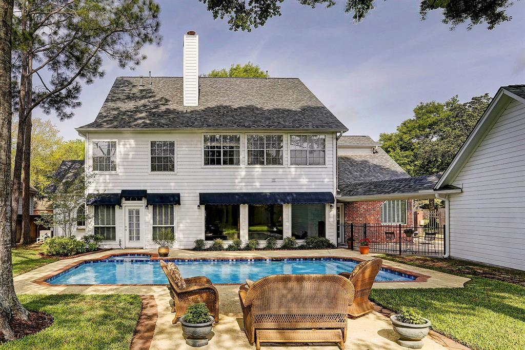 1531 Emerald Green Lane, Houston, TX 77094 Listed by Bernstein