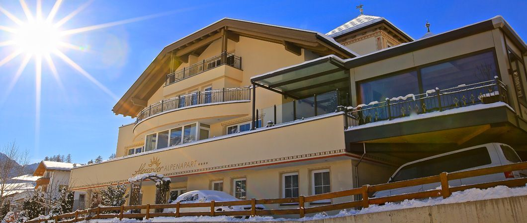 Home- ALPENRESORTS LADIS | Alpenapart Alexander & Alpenresidenz Alexander | Appartements in Ladis | Urlaub in Serfaus Fiss Ladis