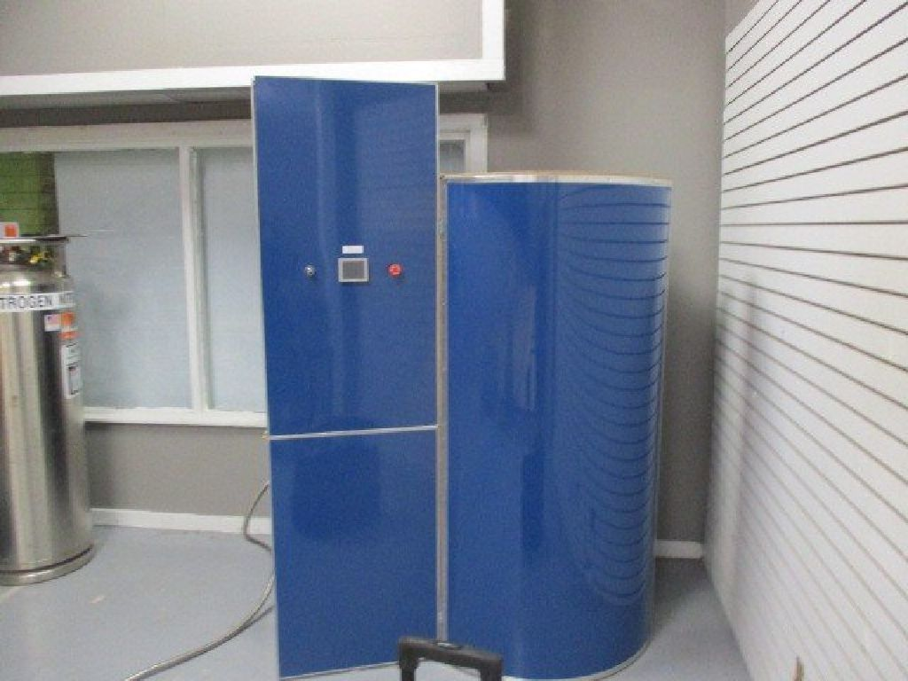 Majestic Cryo M Cryo Cabin Elite Xl Rtr 8103272 01 Tall Cabinet Storage Locker Storage Cabin