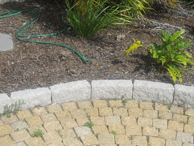 Garden Edging Stone. Garden Edging Stone   N