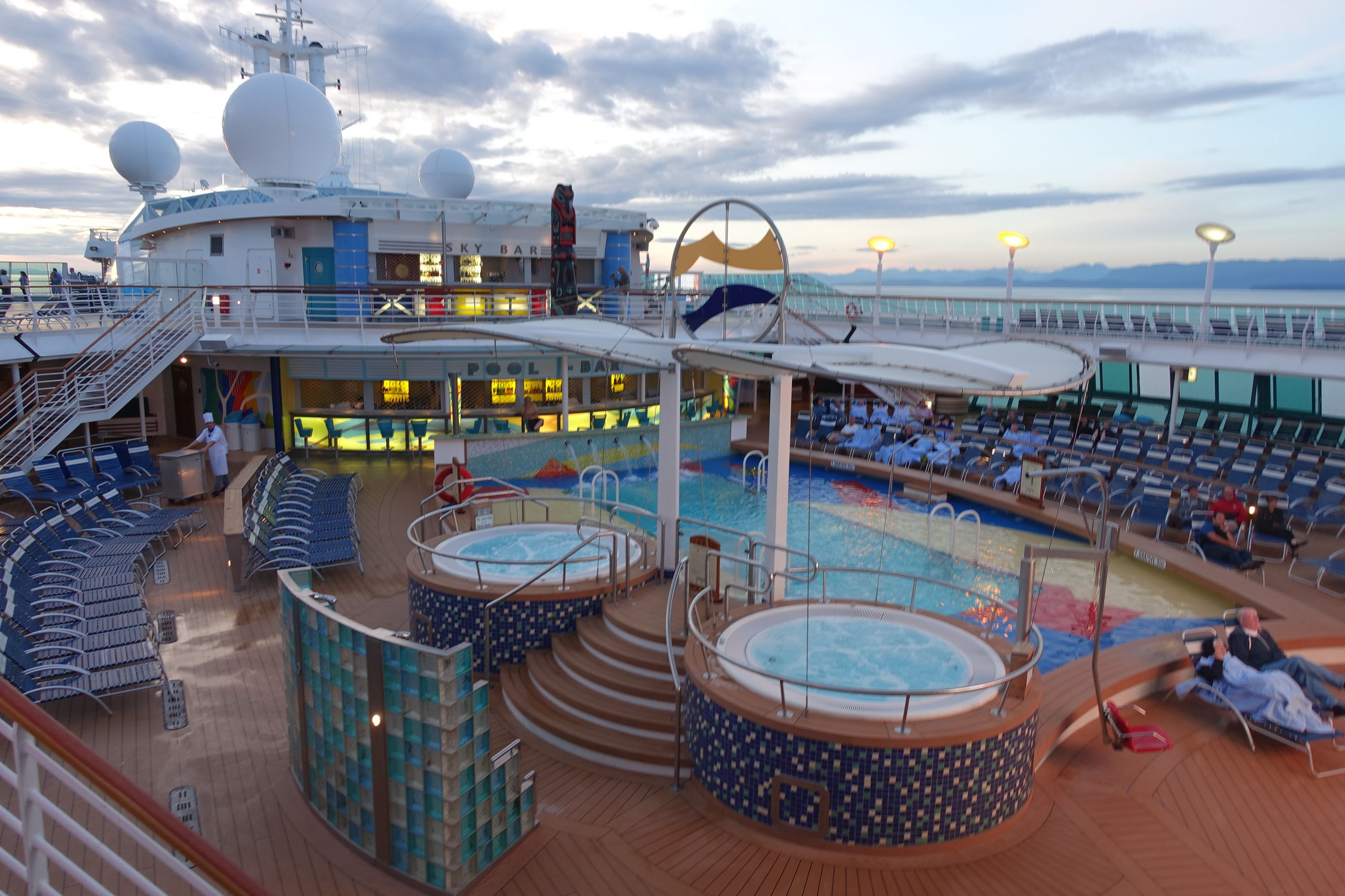 Radiance Of The Seas Royal Caribbean Pool Idea Luxury - Radiance of the seas