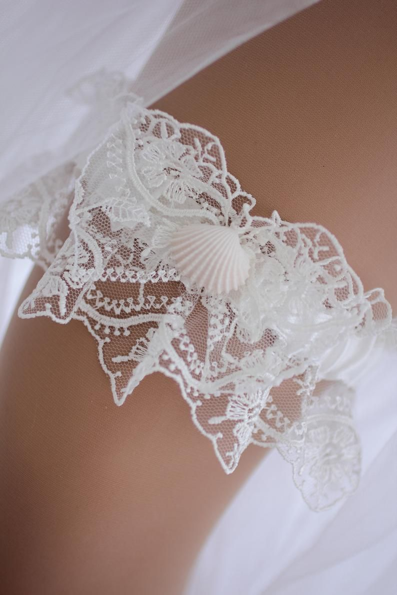 a38f13890b4 Lace Wedding Garter Afrodita