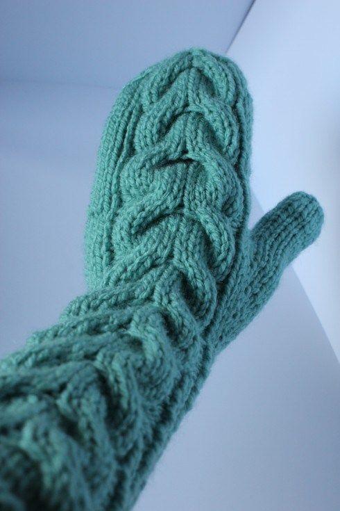 Knitted mittens. Free pattern   mittens   Pinterest   Stricken ...