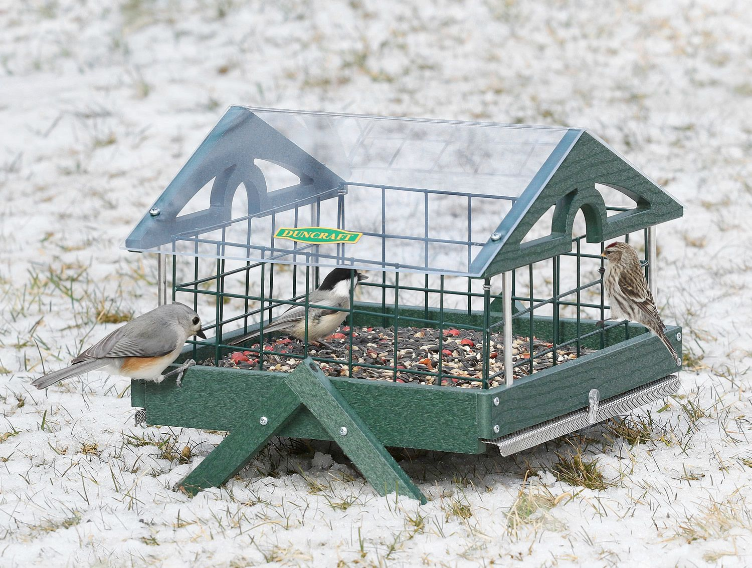 Pavilion Ground Haven Feeder:Our special haven wire caging allows songbirds to feed in peace! Chickadees, redpolls, titmice and others can easily enter through the safe 1-1/2 inch wire grid openings, while remaining out of reach from blackbirds, doves, pigeons and squirrels. Made in the USA