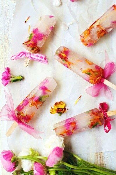 Sucettes aux fleurs comestibles