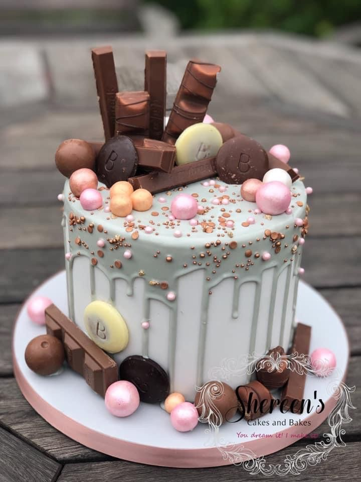 Pink and grey drip cake in 2020 | Birthday cake decorating ...