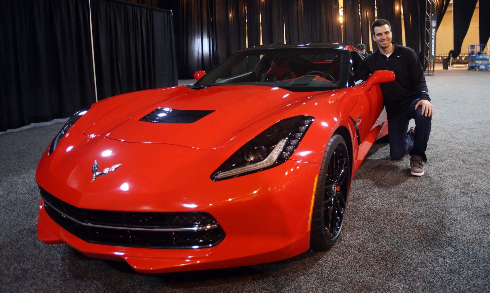 For Winning The Mvp Award Of Super Bowl Xlvii Joe Flacco Was Able To Drive Off In A Brand New 2014 Corvette Sting Super Bowl Cbs Sports 2014 Corvette Stingray