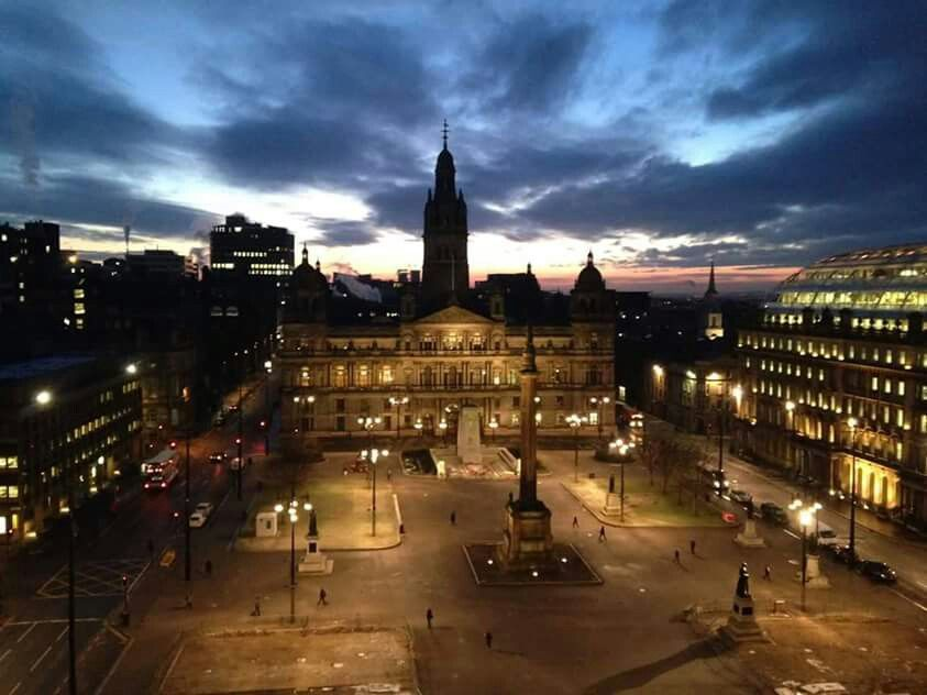 Beautiful picture of George Square.