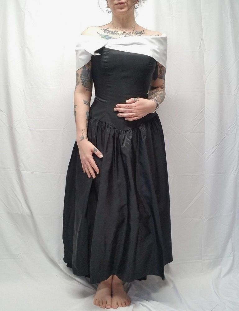c8ae2dc8252 Vtg 80s JC PENNEY Black Taffeta White Off Shoulder HiLo Long Prom Dress  Womens M  JCPenney  BallGown  Party