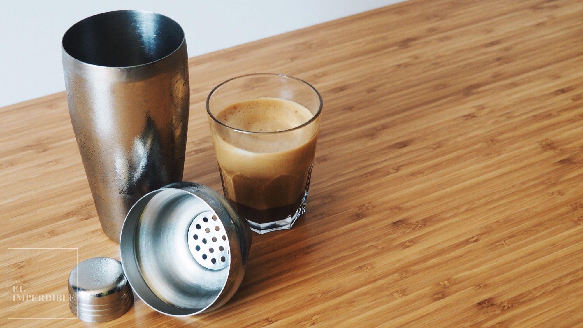 Aprende a preparar un Frappé de café en menos de 30 segundos