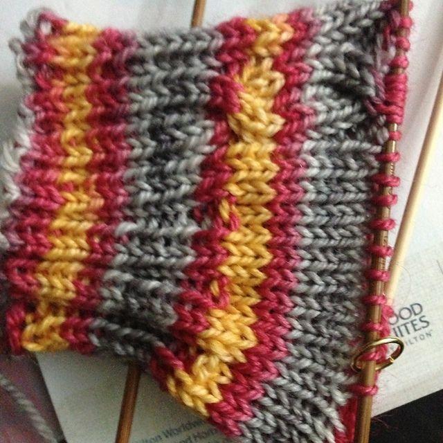 Ravelry: TNTknits' Gryffindor Socks   Crochet, Crochet ...