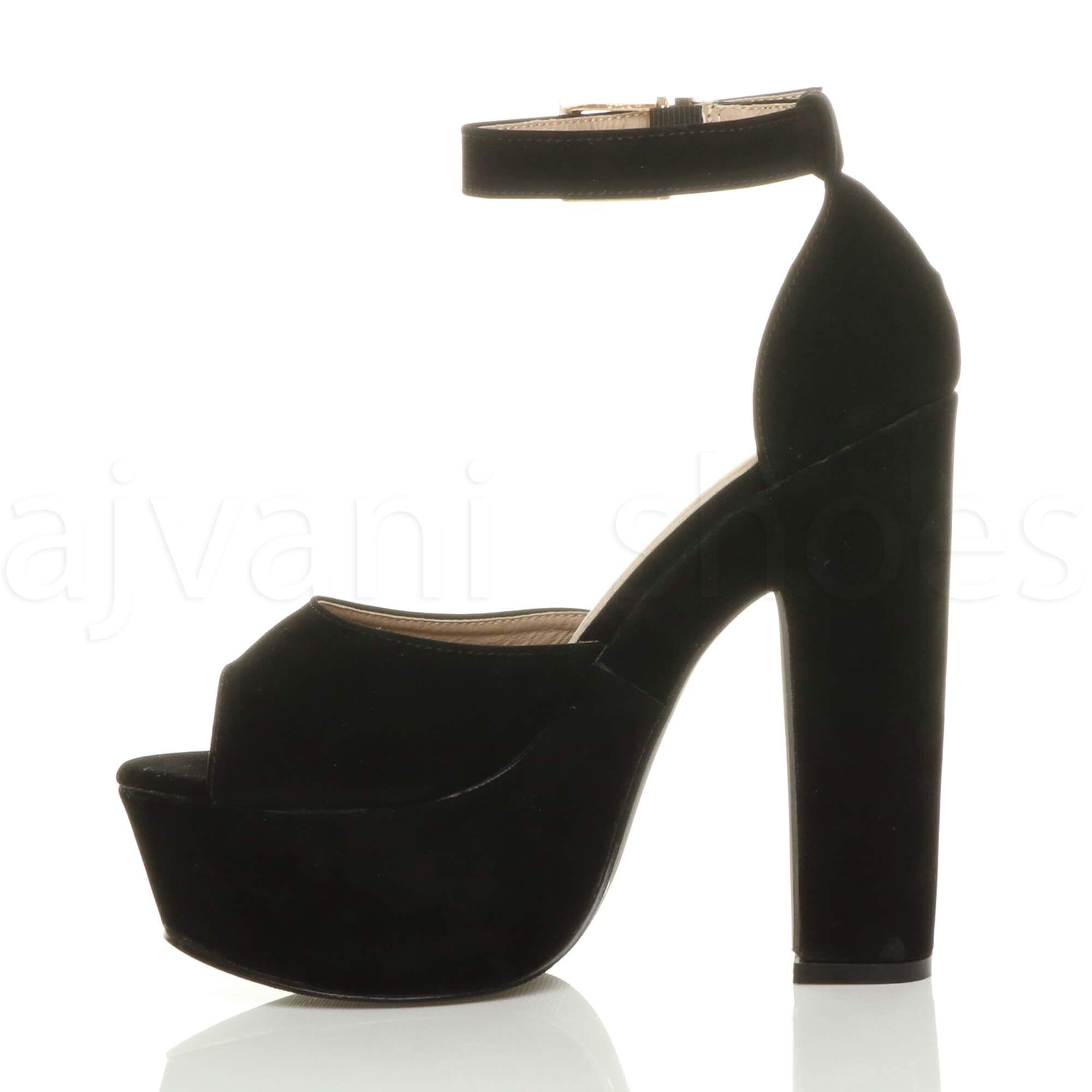 Modelos modernos de zapatos de plataformas, diseños únicos