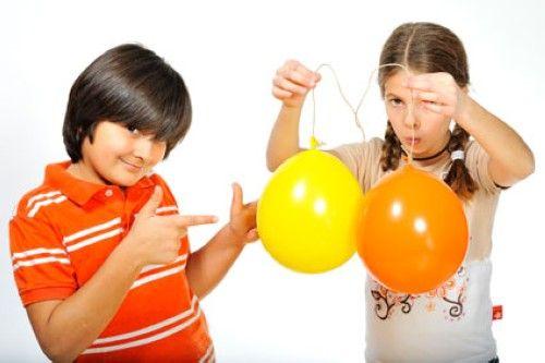 experimente mit luft experiment f r kinder magische luftballons experimente experiment. Black Bedroom Furniture Sets. Home Design Ideas