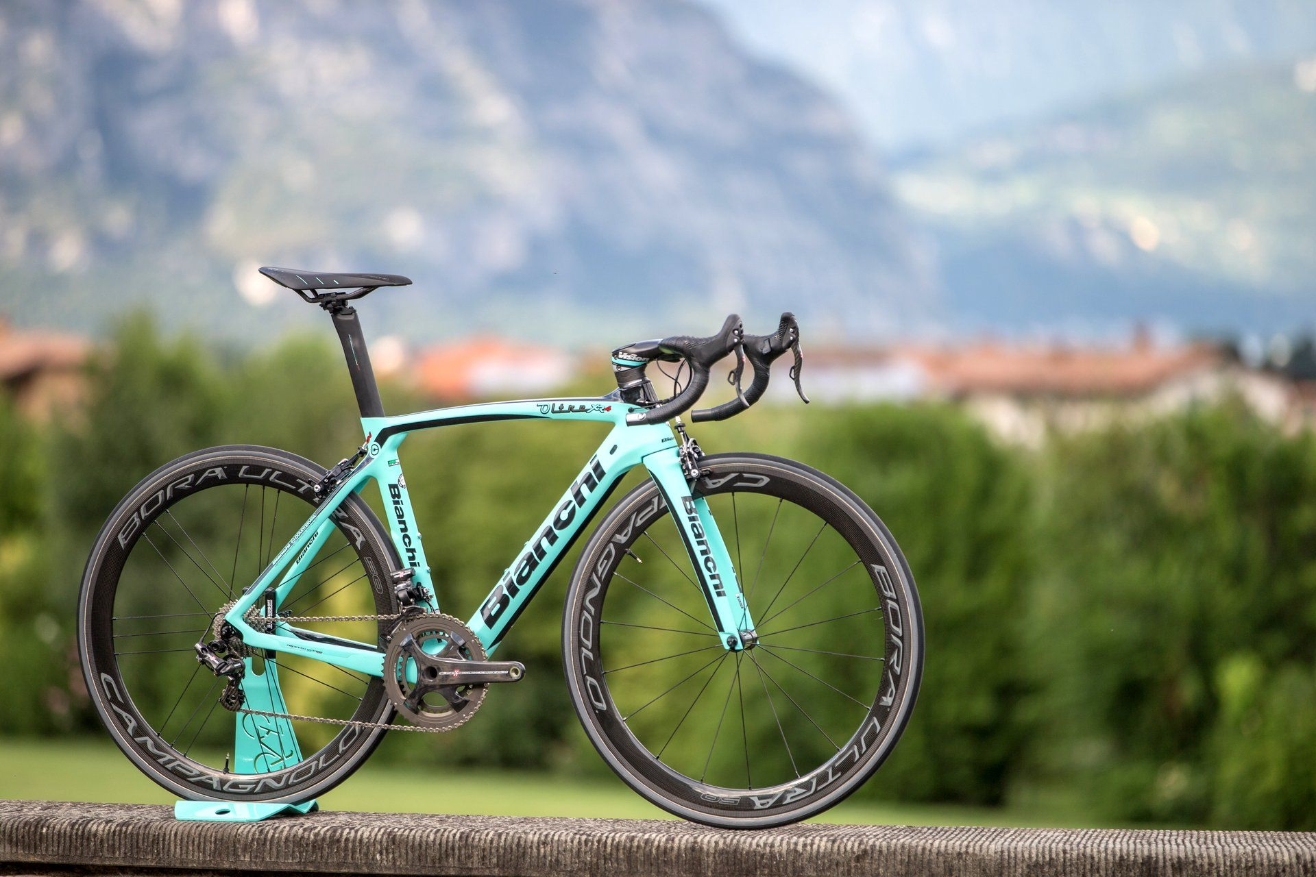 Bianchi Oltre Xr4 First Ride Review Road Cycling Bicycle
