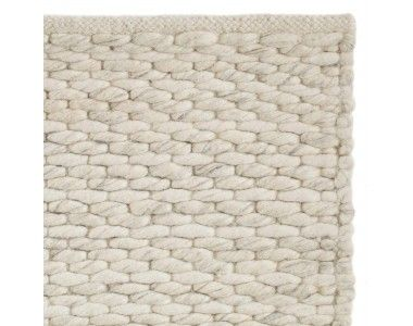 Super Soft With A Gorgeous Rustic Look The Handmade Indian Romo Rug Is Plain Woven