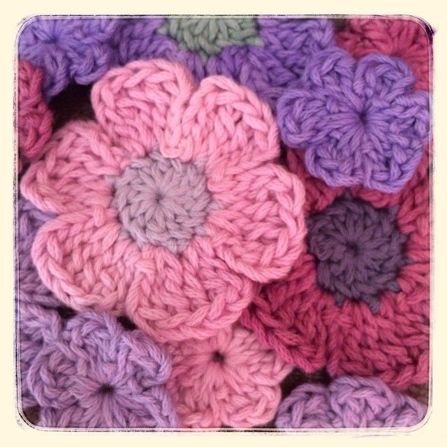 yarn_in_a_barn crochet flowers pattern