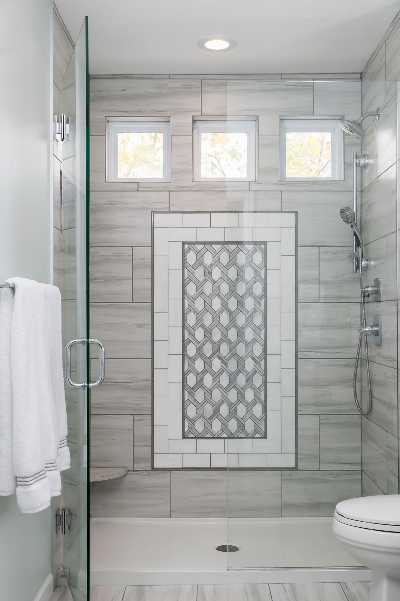 Bright Elegant Bathroom Elegant Bathroom