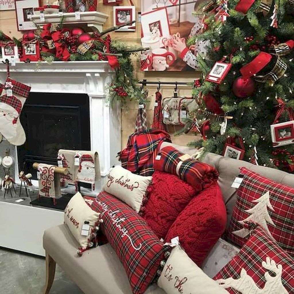 12 Rustic Farmhouse Christmas Light Decor Ideas   Decoration noel ...