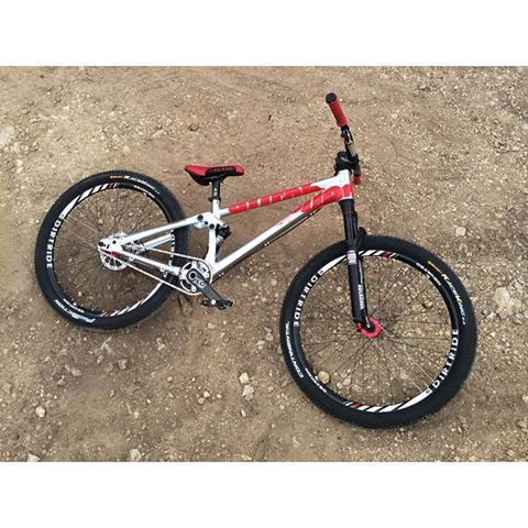 canyon slopestyle mountain bikes bmx bike dirt jumper. Black Bedroom Furniture Sets. Home Design Ideas