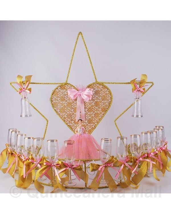 """Star Toasting Set #TS23 34"""" Star with Heart toasting set is decorated with your choice colors. """"Mis 15 Anos"""" and a pretty quinceanera figurine design are edged on every glass."""