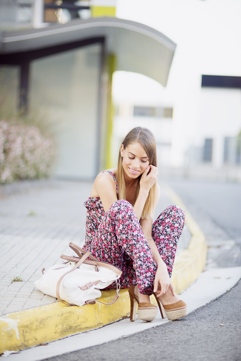 Flowers #blogsmoda #fashionblog #lookbook #smmerlook #flowerslook #streetstyle #tous