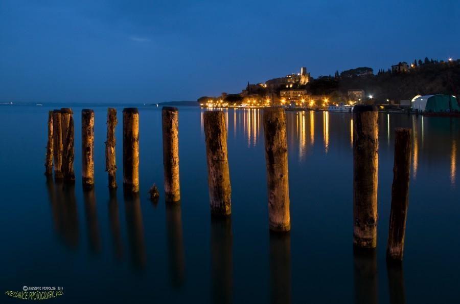 """Lights and reflections"", foto de giuseppepeppoloni. #ViveTuPlaneta"