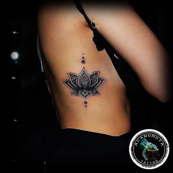 50 wundervolle lotus tattoos tatuajes tatuaje de loto y peque os tatuajes. Black Bedroom Furniture Sets. Home Design Ideas
