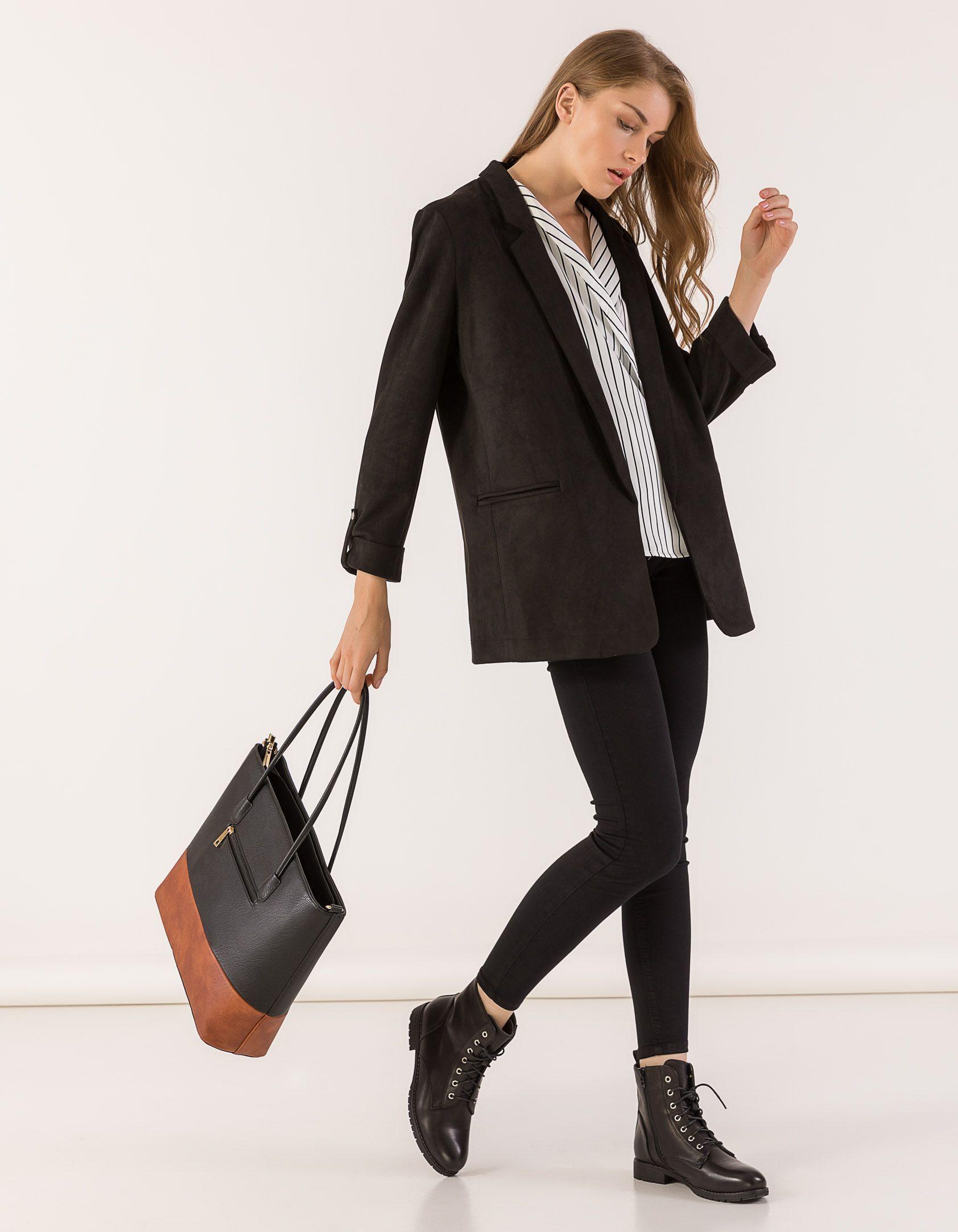 e4c3b56a0d7 Stay stylish! 💜 Πανέμορφο σακάκι απο τα Issue, με suede υφή και γυρισμένα  μανίκια