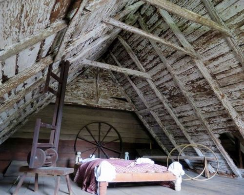Image Result For 1800s Orchard House Attic House Styles House Design
