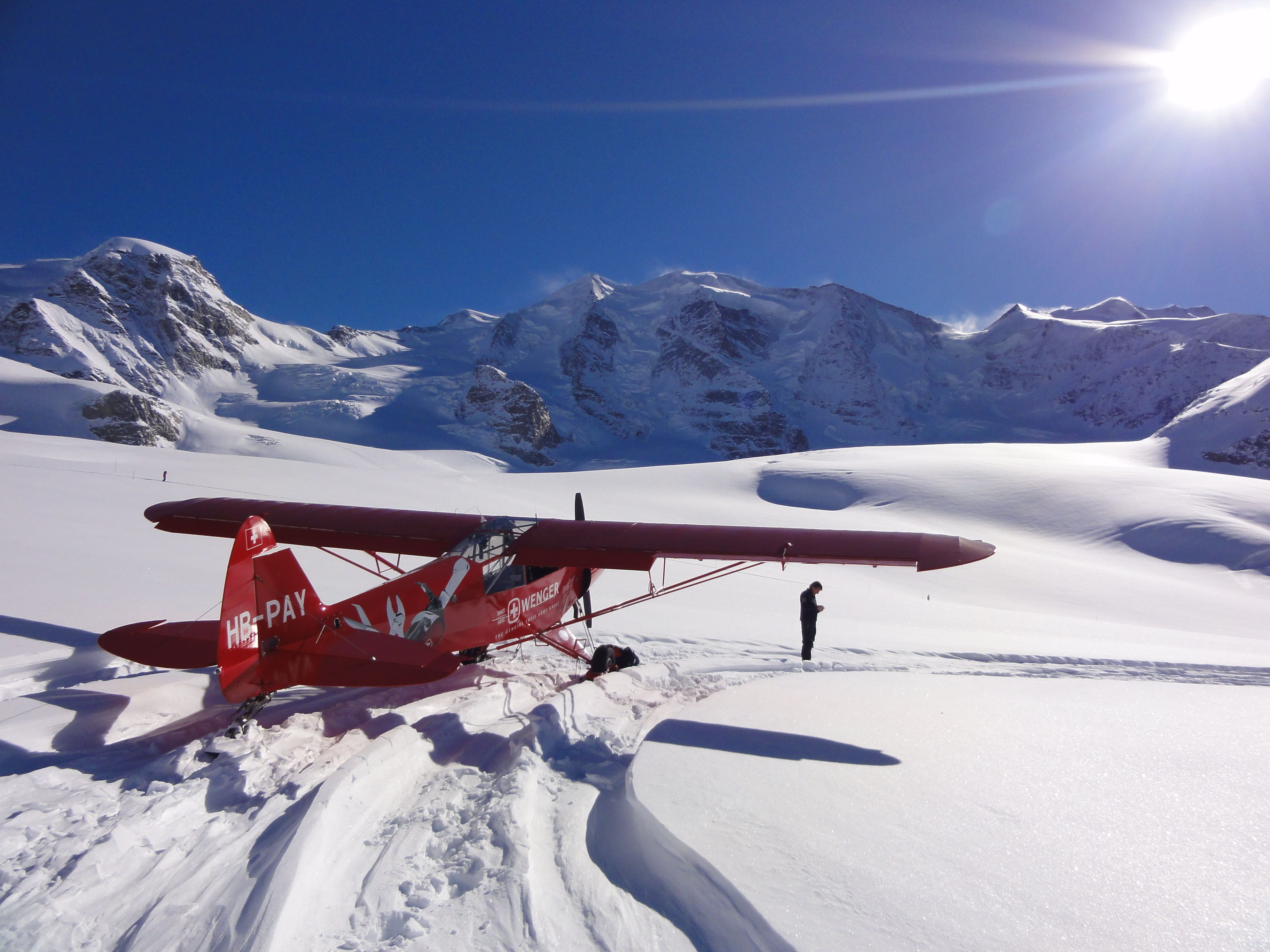 Piper cub on skis skiplane air planes pinterest