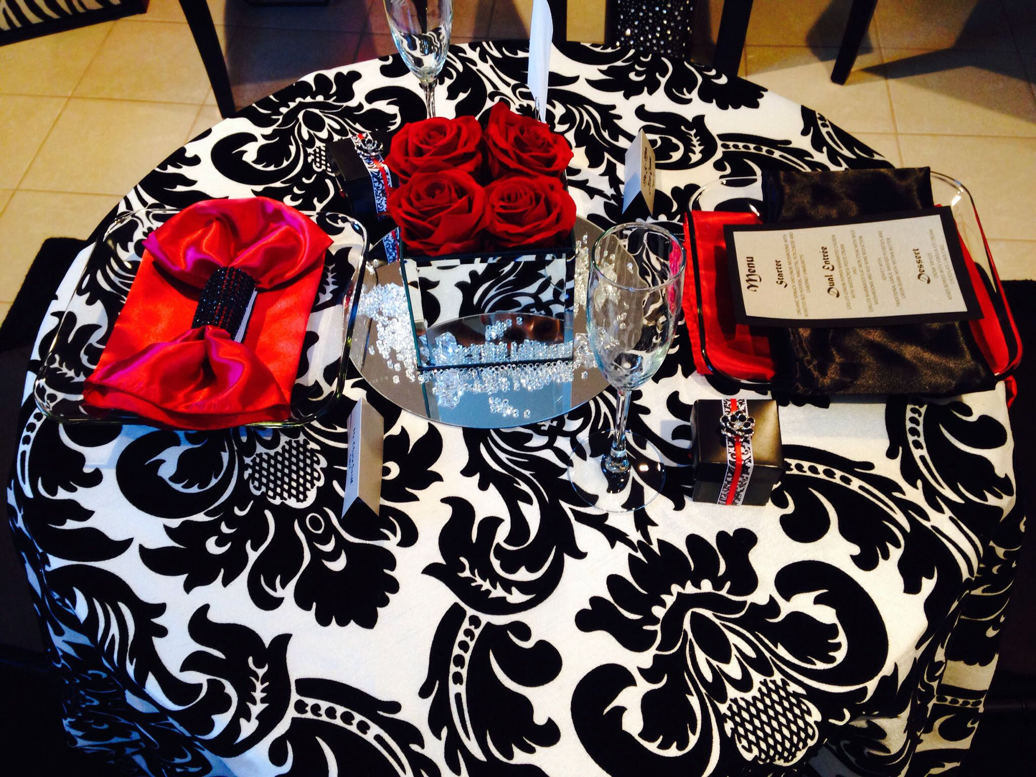 Black & White Damask with Apple red linen. Box of