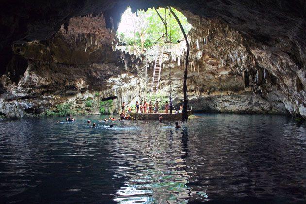 Cenote Santa María cerca de Valladolid