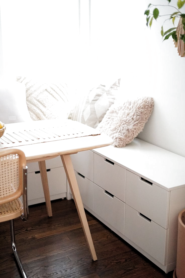 55 gemütliche Ikea Hacks Ideen für Inneneinrichtungen,  #gemutliche #hacks #ideen #inneneinrichtungen #kitchen #kitchencabinet #kitchendecoration #küchedeko #küchefliesen #küchestauraum #kueche #storageroom
