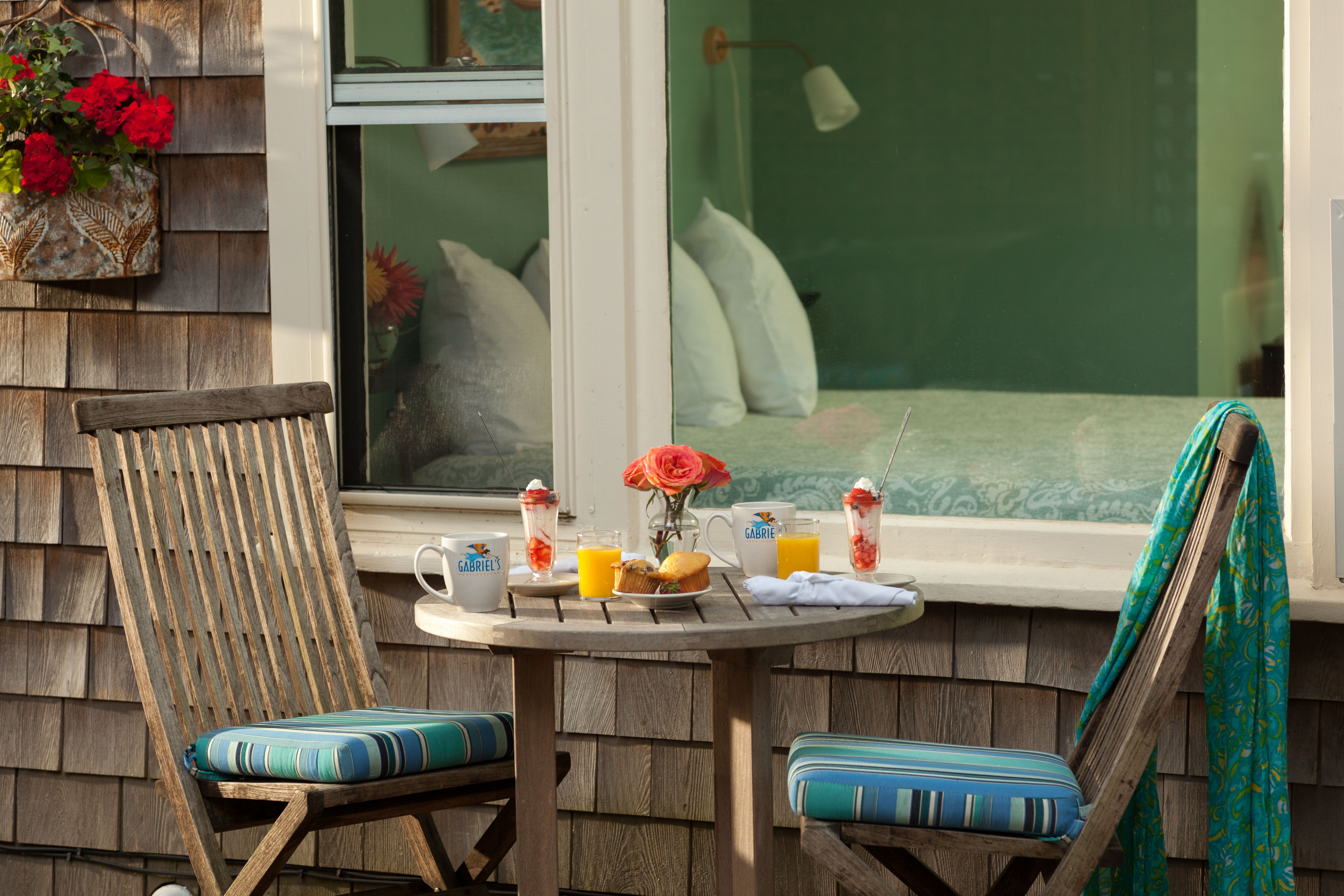 The Grace Apartment Interiordesign Kidfriendly Familyfriendly Ptown Provincetown Vacation Capecod Lodgin Outdoor Furniture Sets Luxury Hotel Home Decor