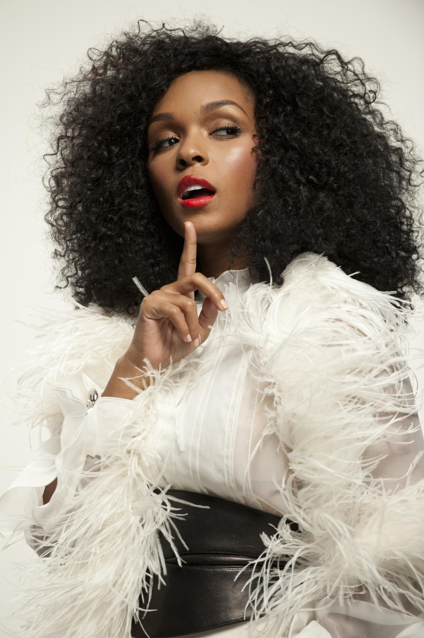 Janelle Monae Shares Her Hair Journey Natural Hair Styles Curly Hair Styles Hair Inspiration