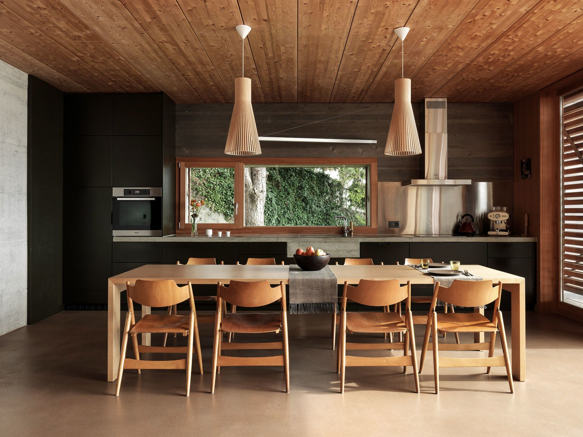 Photo 5 of 11 in House on the Water by Galletti & Matter Architectes ...