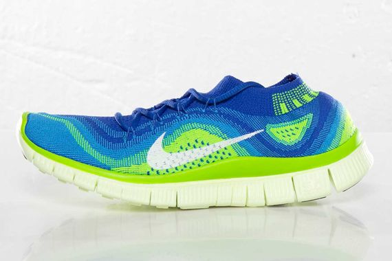 blue and green nike free flyknit