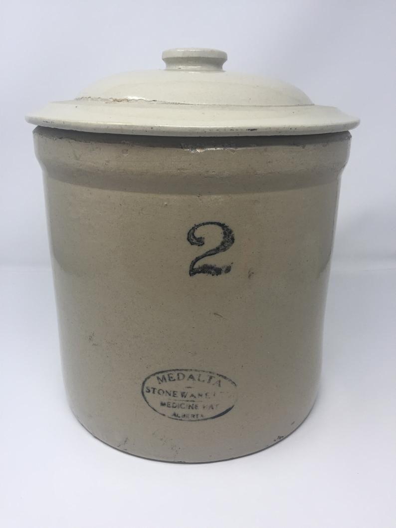 Medalta potteries medicine hat alberta two gallon