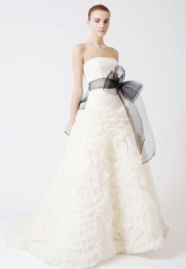Vestidos de novia de Vera Wang | Bodas | Pinterest | Vera wang ...