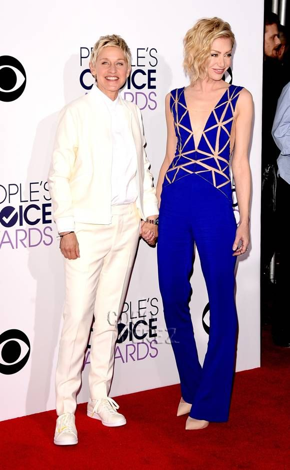 Ellen DeGeneres & Portia De Rossi Are A Picture Perfect Couple At The People's Choice Awards!
