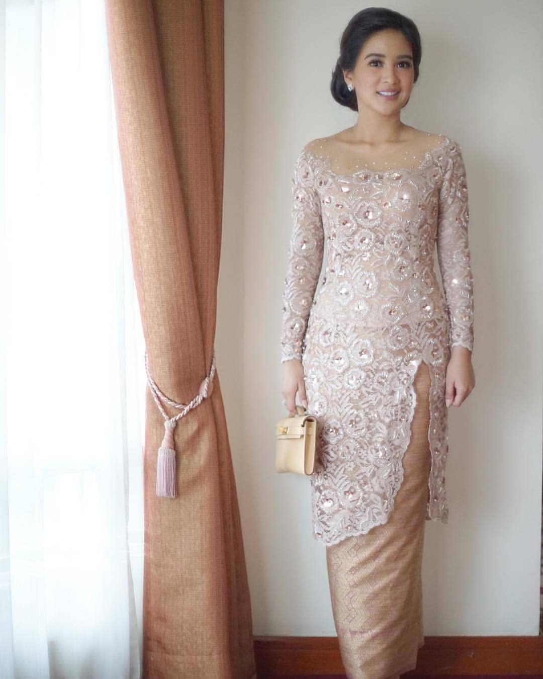 By Stachylubis Baju Kurong In 2019 Kebaya Kebaya Dress Kebaya