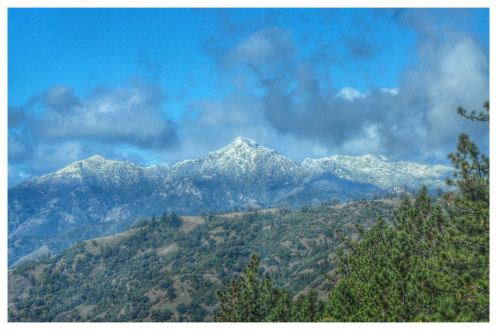 Big Sur snow..(I watched the snow fall on Mt Toro as I drove over to San Benancio to see Deb..Clouds were moving @ the top, they would clear; leaving fresh snow all around ! (THANKS, I needed that! (This pic is of Big Sur peaks)  30 degrees this am..(San Benancio).Frost on the cars..