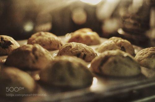 Baking Goodness (Banana Muffins) by karnbadjatia  IFTTT 500px