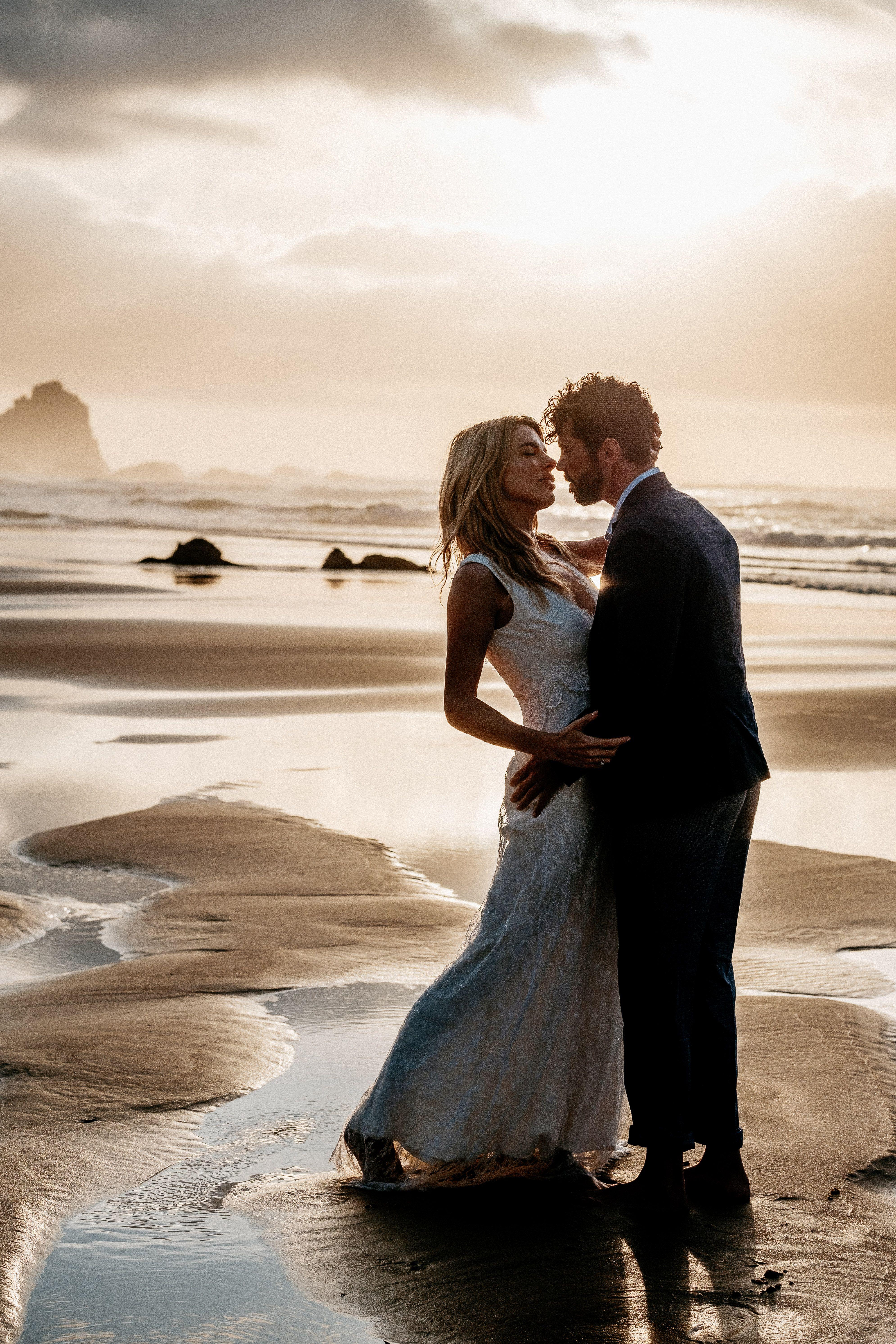 Heiraten Am Meer Eure Hochzeit Am Strand Wird All Eure Wunsche Wahr Machen Hochzeit Am Strand Kleine Hochzeit Hochzeit Hamburg