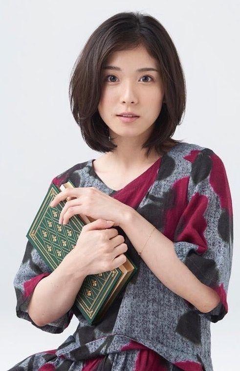 17 5 27 Twitter Ketchup Pic モデル 松岡茉優 これは確かおまゆが表紙だった時のyakuzemi さんのショットかな どうやらこの写真家さんの作品だそうで 高画質ありがとうございます Tomoya Sugoさんの写真 Instagram Co 茉優 顔 女性