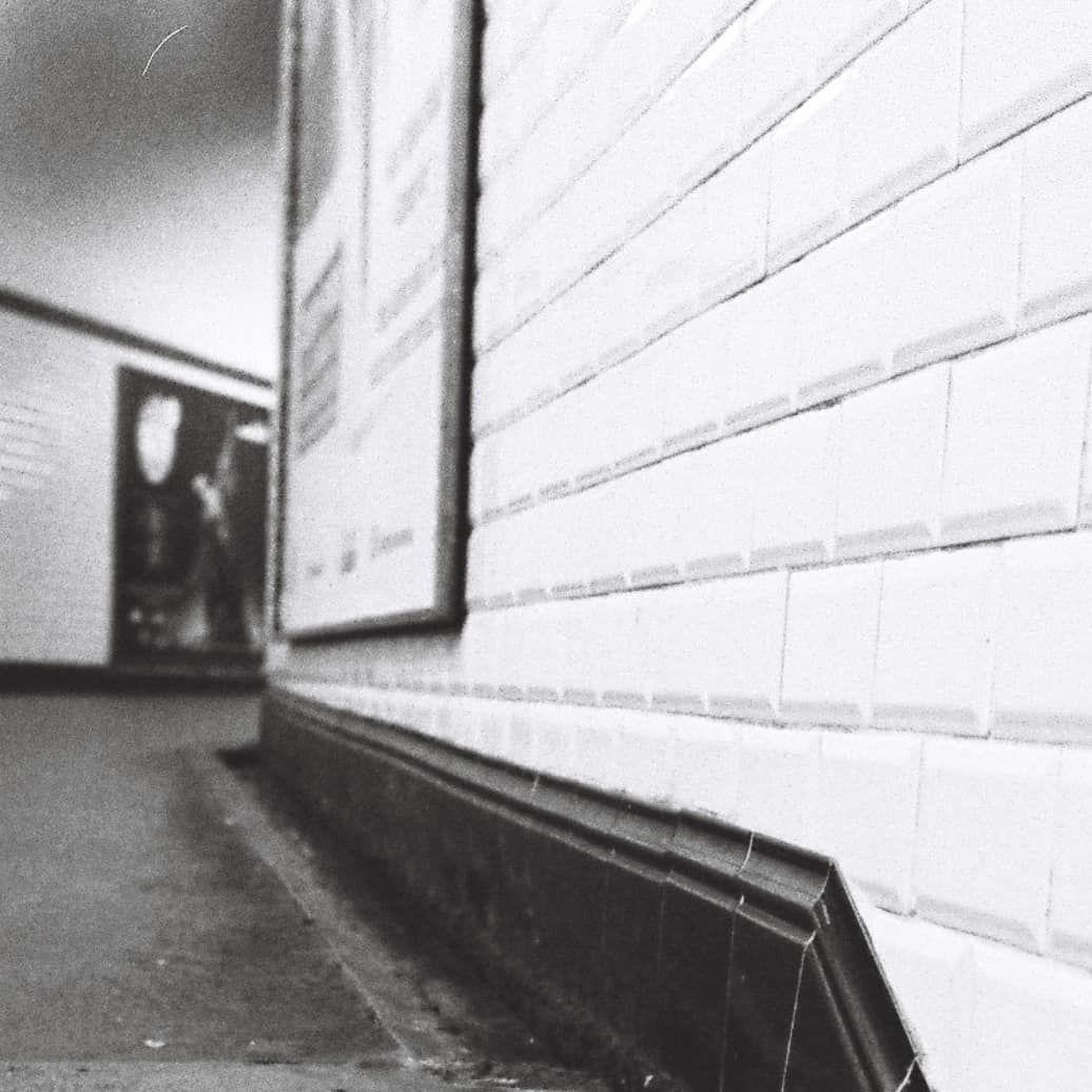 Des Lignes Et Du Carrelage Filmphotography Metro Paris Ratp