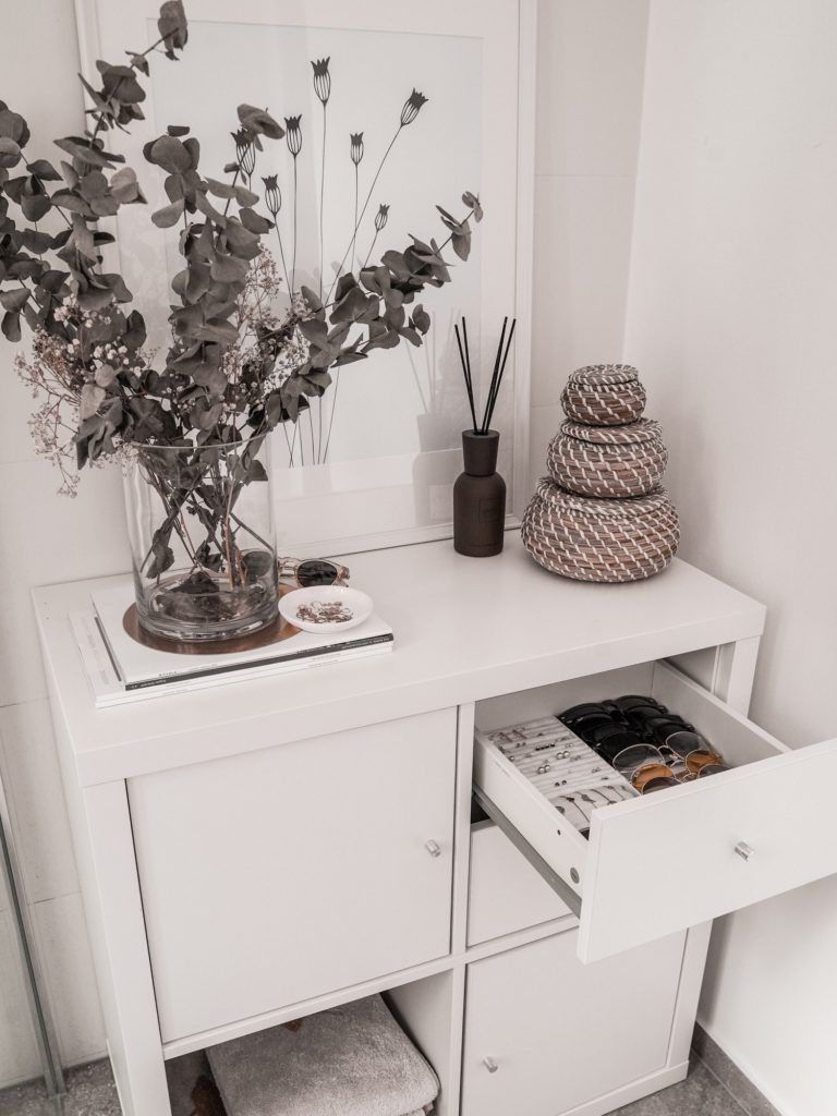 Schmuckaufbewahrung do it yourself - DIY Ikea Hack für Kallax Regal