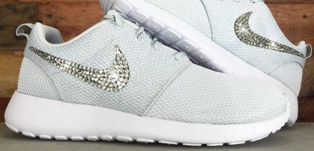 5f84e520c3d111 Nike Roshe